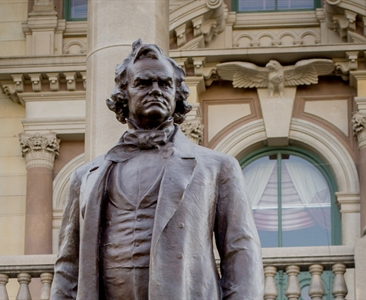 Madigan: Remove images of Stephen Douglas from Statehouse